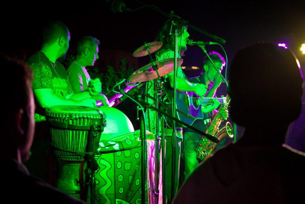 AM festa interculturale insieme si sta bene trio carmelinfdo sandro joyeux hugolini ghiaccioli e branzini gambian drums